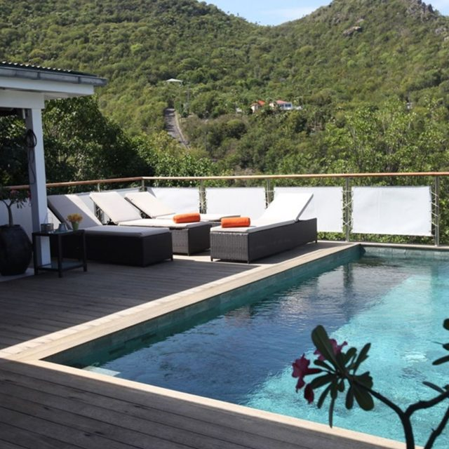 https://anakao.mbolo-rum.com/wp-content/uploads/2017/07/vacation-rental-photo_St-Barthelemy_WV-MBL_Villa-Anakao_St-Barts-Villa-mbldek01_desktop-640x640.jpg
