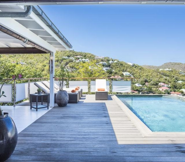 http://anakao.mbolo-rum.com/wp-content/uploads/2018/09/Location_photos_Mbolo_St-Barthelemy_Villa_St-Barts-Villa_Anakao_Extérieur_14-640x560.jpg